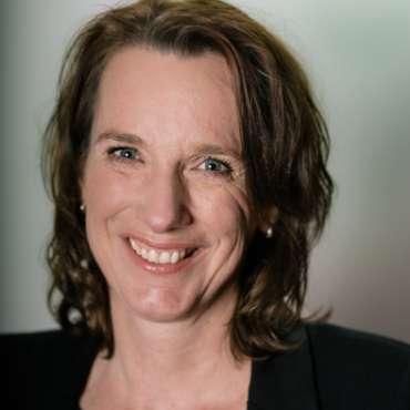 4. Yvonne Eikens